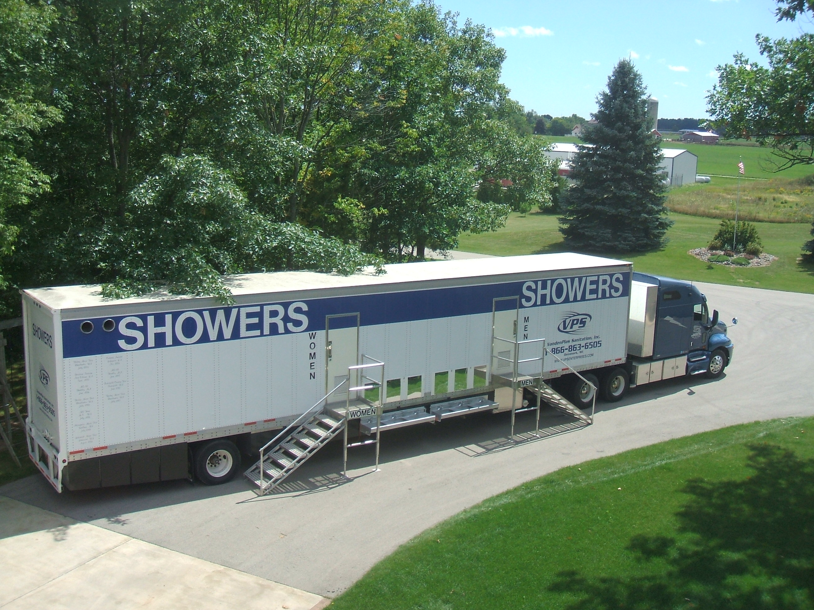 shower of trailers layout water portable hot trailer aquamax stalls aqua max